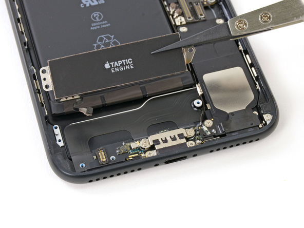 Thay rung iPhone 7