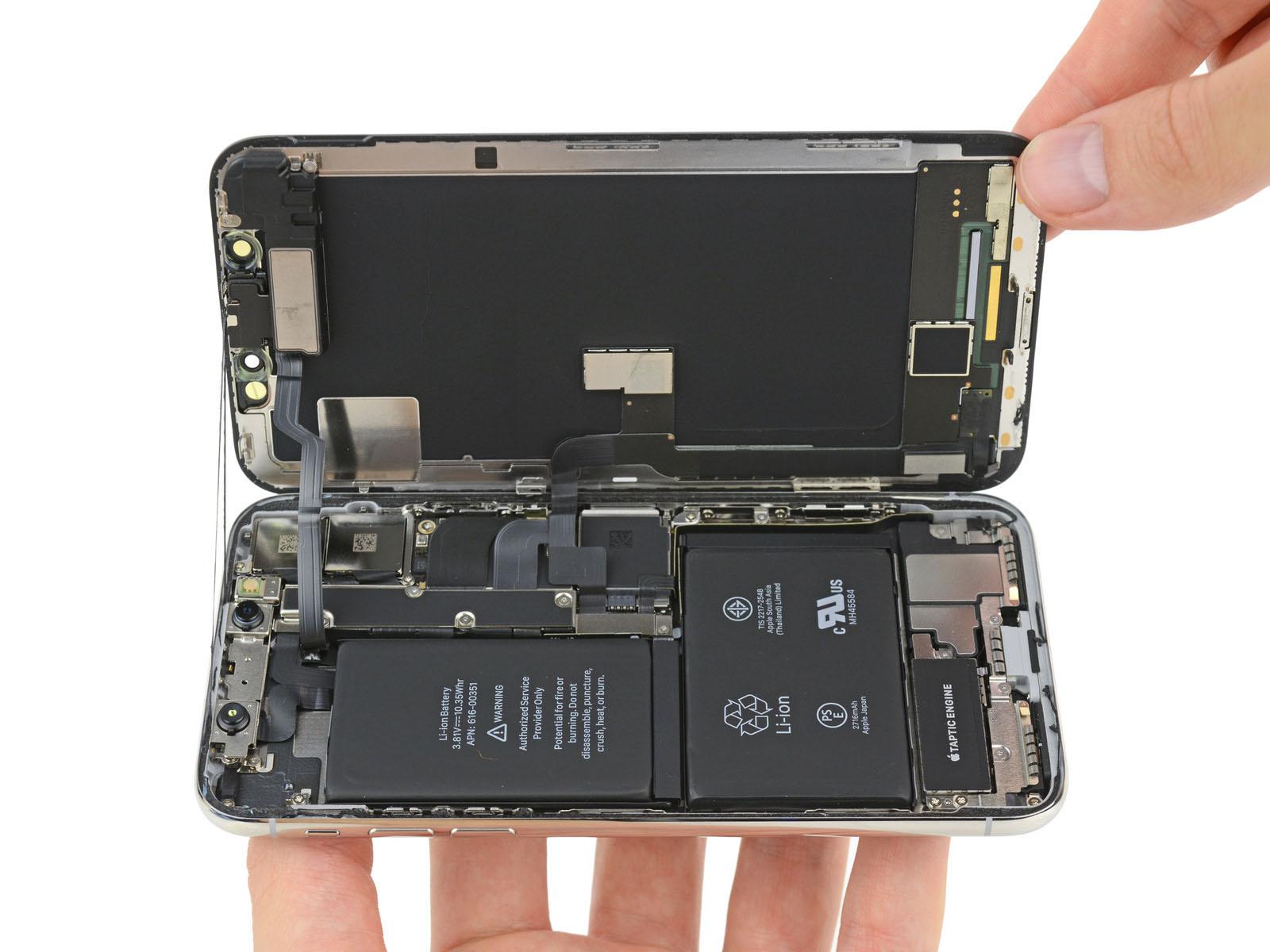 Thay pin iPhone x giá rẻ tại hà nội