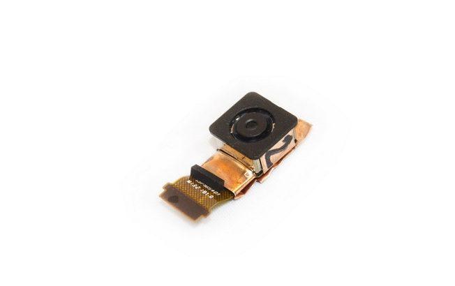 Thay camera sau HTC Desire 700