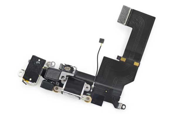 Thay cáp sạc iPhone  5 – Thay dây cáp sạc