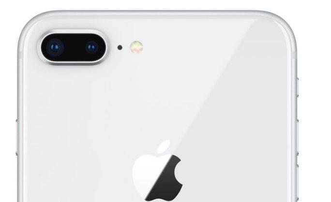 Thay kính Camera sau Iphone 8