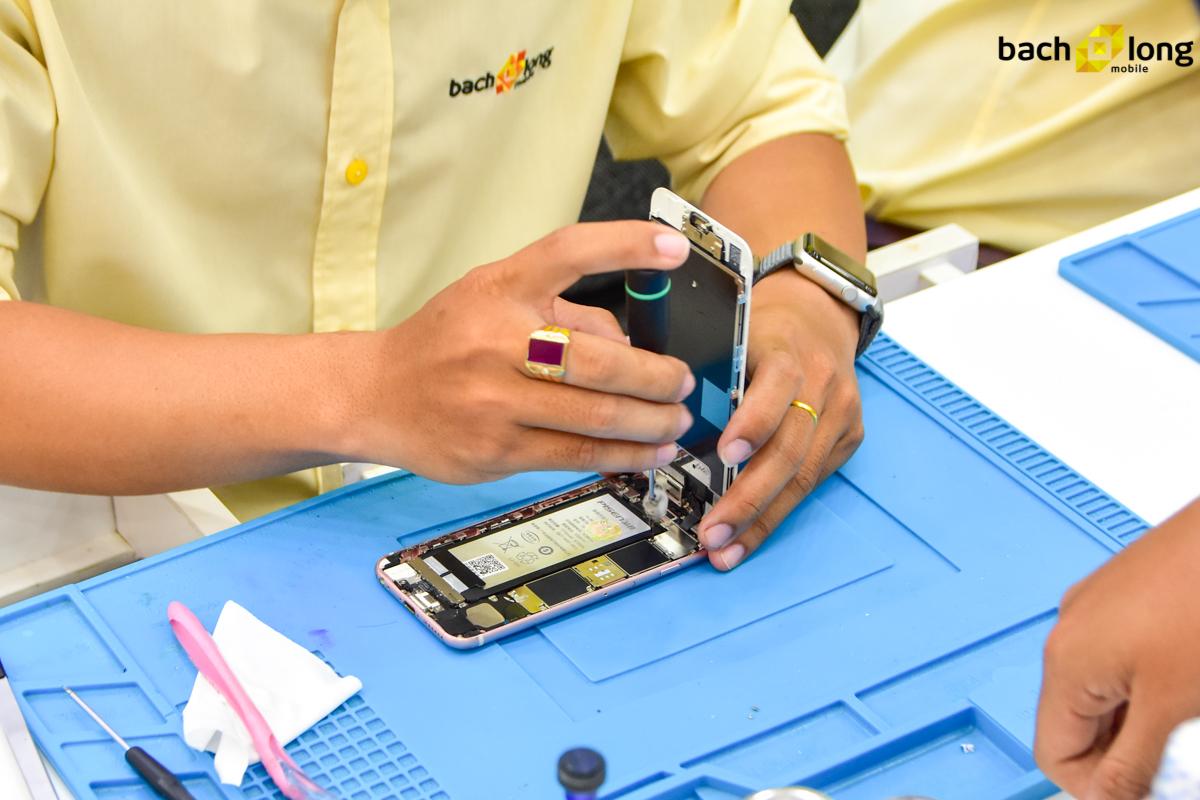 Mừng 8/3, Bạch Long Care tặng miễn phí 100 suất thay pin Pisen cho iPhone