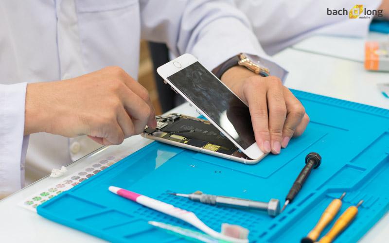 Bạch Long Care nhân đôi ưu đãi dịch vụ thay pin, thay màn hình iPhone