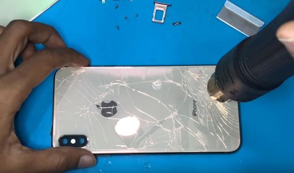 Tách kính lưng iphone xs max bằng phương pháp thủ công