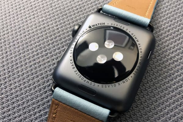 THAY ĐẾ SẠC APPLE WATCH SERIES 3 (38MM)(42MM)